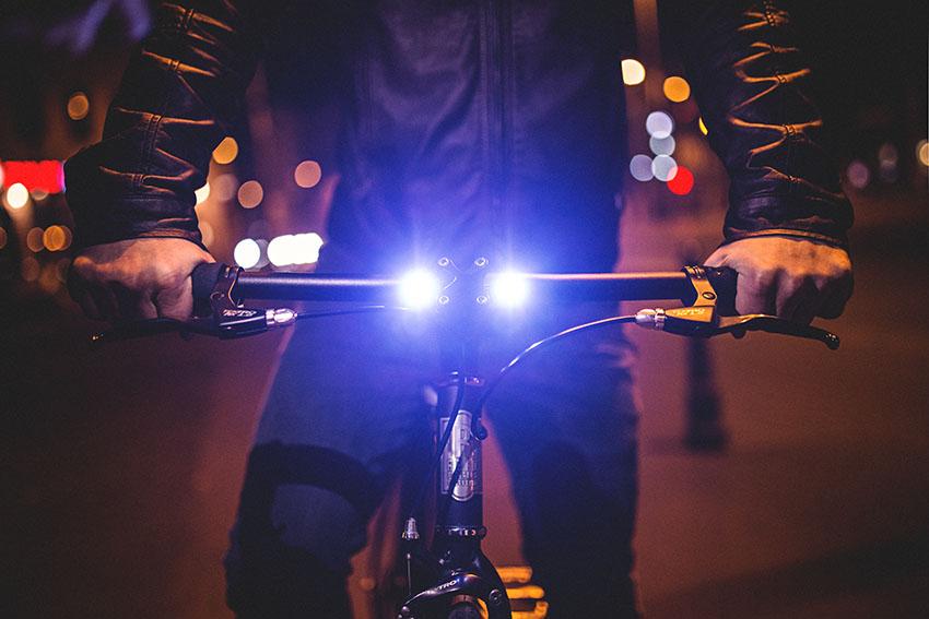 Hikari Bike - Premium Fahrradlenker mit integrierten LED-Frontlicht